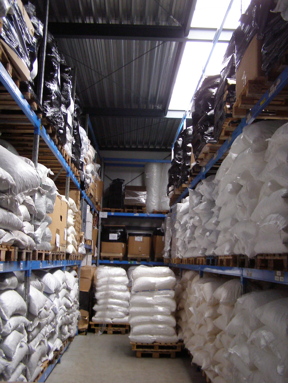 De voorraad van Liso® vliegengordijnen, altijd voor ruim 3000 vliegengordijnen losse onderdelen in voorraad.
